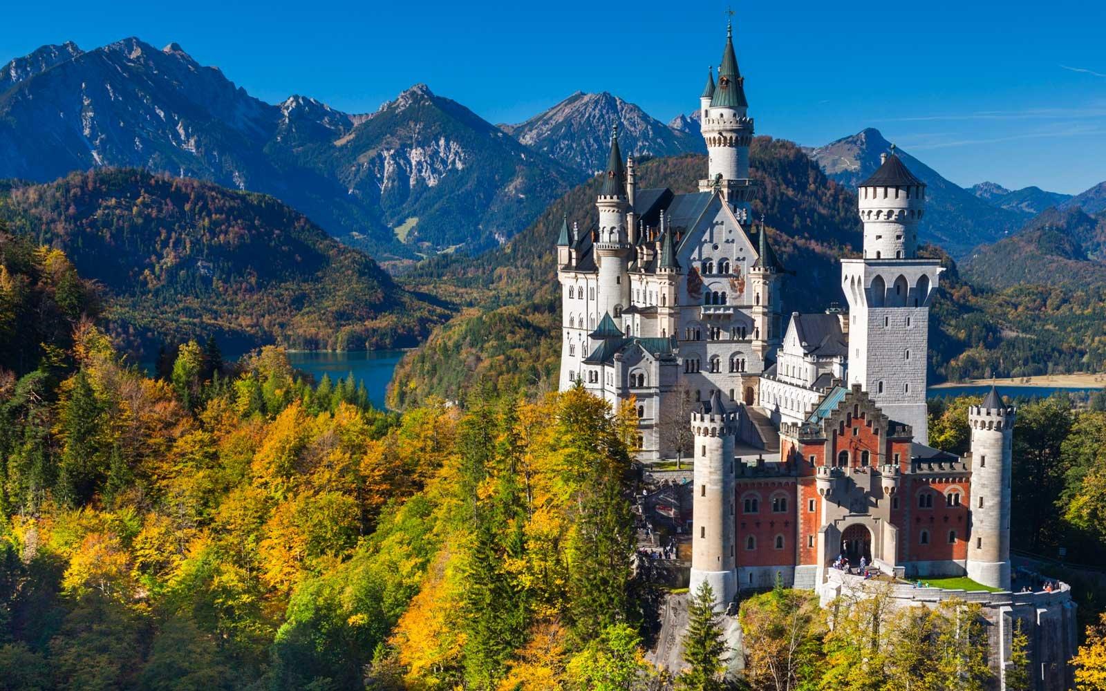 01-neuschwanstein-castle-bavaria-NEUSCHWANSTEIN0417